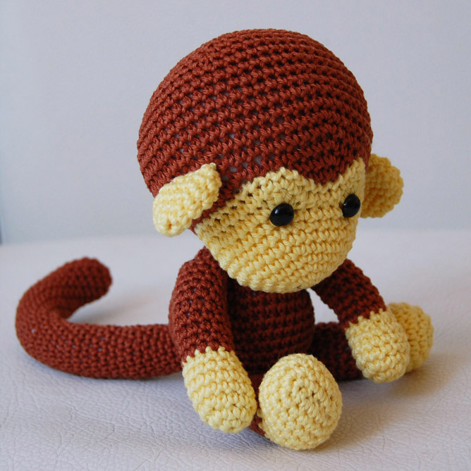 Amigurumi Gorilla Pattern : Amigurumi Pattern - Johnny The Monkey on Luulla